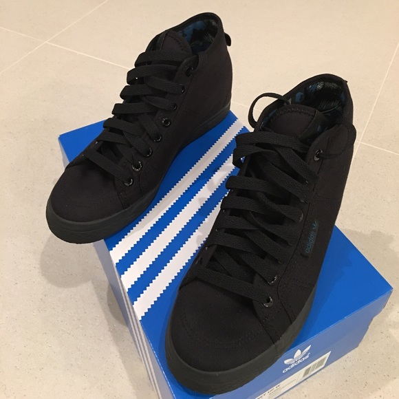 "adidas Shoes - 🆕adidas ""Honey Up W"" Sneakers 8.5 NWOT ee877ebff27"