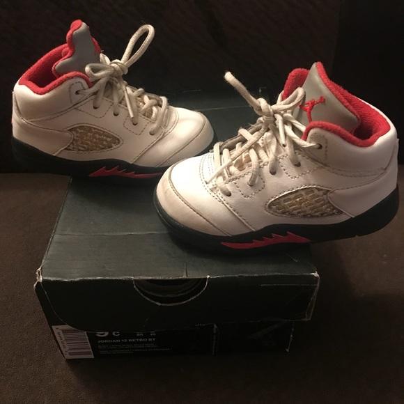 745b5d54a2d8 Nike Air Jordan 5 (V) Fire Red Size 6C