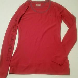 Under Armour Small Fitted Long Sleeve Shirt