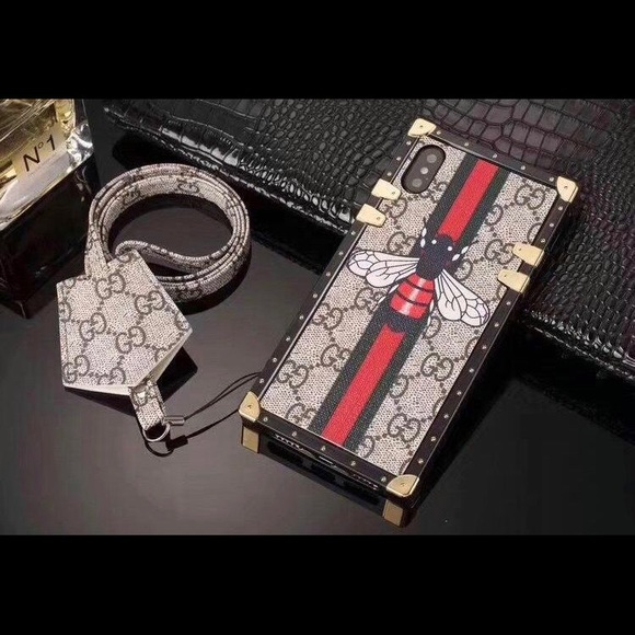 newest f354e 529fc 🔥 IPhone X new Gucci Fly case 🔥