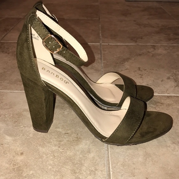 37efd6b97a6 BAMBOO Shoes - BRAND NEW Olive green suede ankle strap block heel