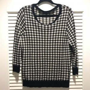 Apt. 9 Houndstooth Style sweater top long sleeve L