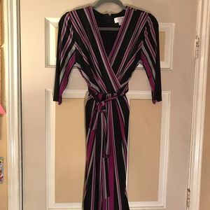 Size M Jessica Simpson 3/4 Sleeve Wrap Dress