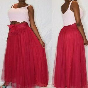 Dresses & Skirts - Rose tulle skirt