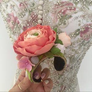 Jewelry - Ranunculus Flower Bracelet
