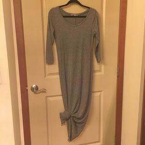 👗GAP Maxi Dress in Heathered Grey