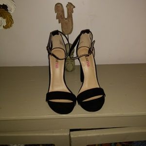 Size 5.5 black heels