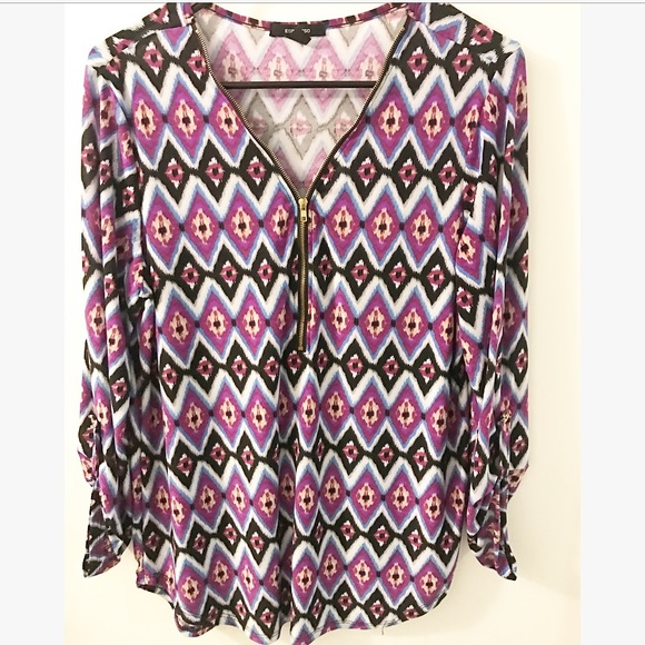 Tops - Gently used blouse