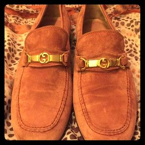 AUTHENTIC GUCCI SUEDE CAMEL LOAFERS, SIZE 41 1/2.