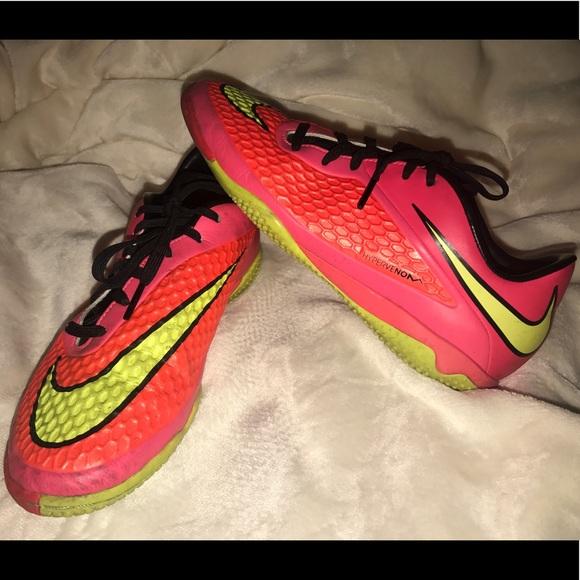311868120 Nike Hypervenom Phelon IC Indoor Soccer Shoes. M 5a0d38d4620ff782a2026c86