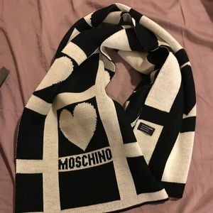 Black and white moschino Scarf