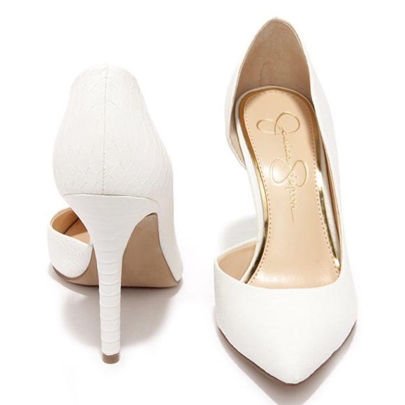 ✨Jessica Simpson Claudette Powder White Pumps✨