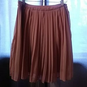 Lauren Conrad pleated skirt