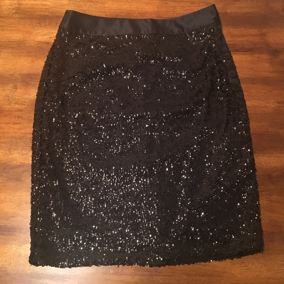 The Limited Dresses & Skirts - The Limited sparkly sequin holiday pencil skirt