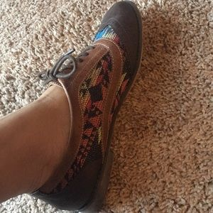 Shoes - Tribal designed oxfords