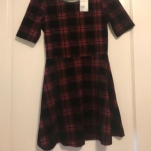 Dresses & Skirts - New with tag!! Never worn!!