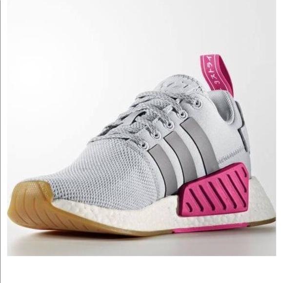 Le adidas brand new nmd r2 grigio e rosa poshmark