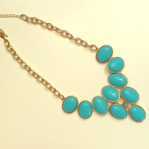 Jewelry - Beautiful Turquoise/Gold Color Statement Necklace
