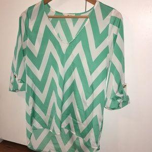 Women's chevron shirt size small