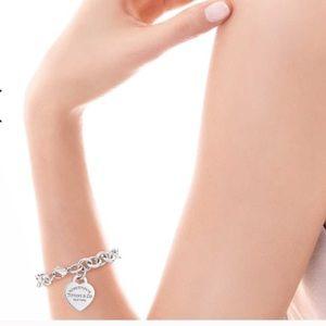 🔴Authentic Tiffany&Co Heart Charm Link Bracelet