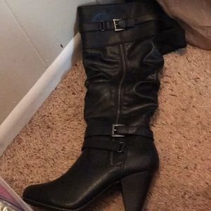 Rampage Women's boots. New in box