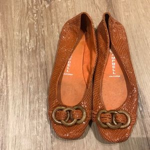 Jeffrey Cambell orange flat with bamboo buckle