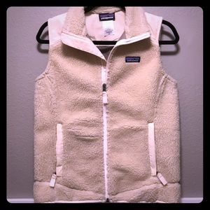 patagonia cream retool fleece vest in medium
