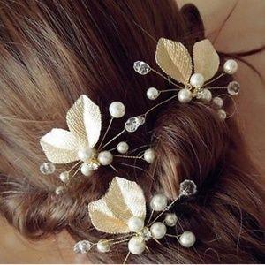 Accessories - Set Of Three NWT Bridal Hair Pins FINAL PRICE💎💫