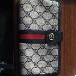 Authentic Gucci check wallet