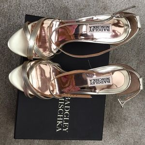 "Beautiful gold strap Badgley Mischka 4"" heels"