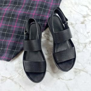 1ba2c84c0d4 Vince Shoes - Vince Marett Embossed Two Band Slingback Sandals