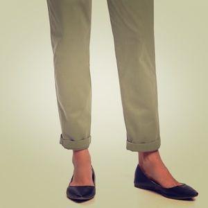 Old Navy Boyfriend Straight Leg Khakis