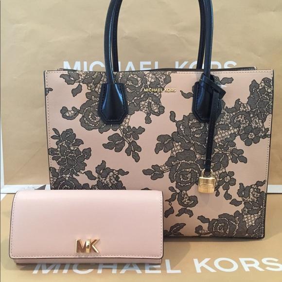 0c99420e12a9 Michael Kors Bags | Mercer Lace Tote Set | Poshmark