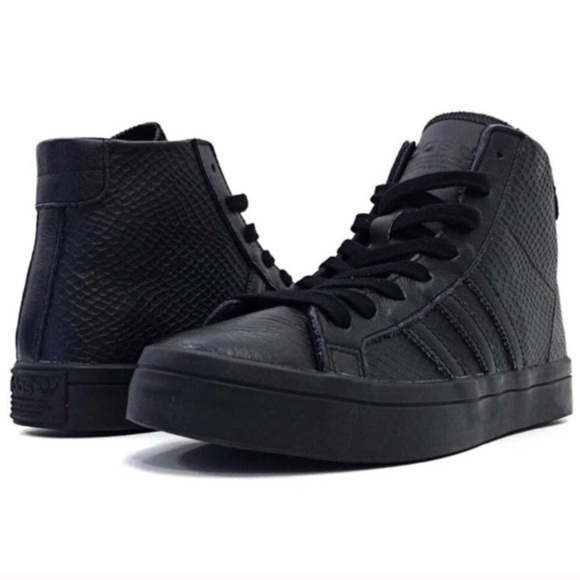NEW - Adidas Court Vantage Mid Snakeskin Sneakers