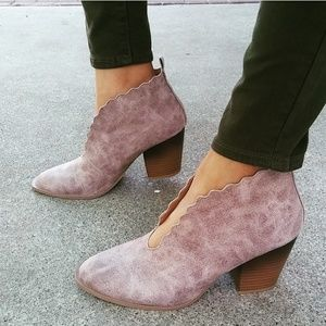 Shoes - LAST PAIR!!//The Roxanne// Taupe distressed bootie