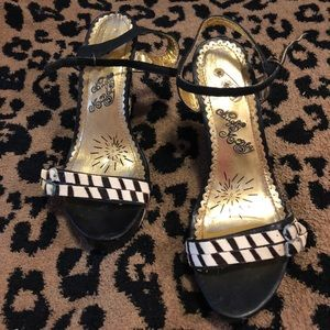Size 6 Naughty Monkey Wedges Great Condition