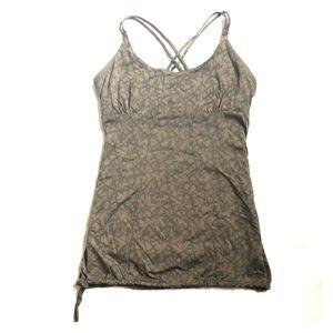 Patagonia women's tank top with built in shelf bra