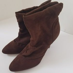 Bamboo heeled ankle boots suede feel size 8