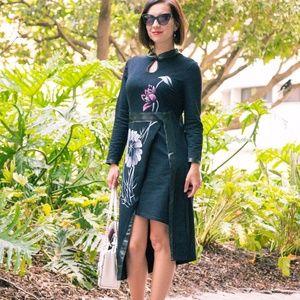 Dresses & Skirts - Floral Key Hole Asymmetrical Dress