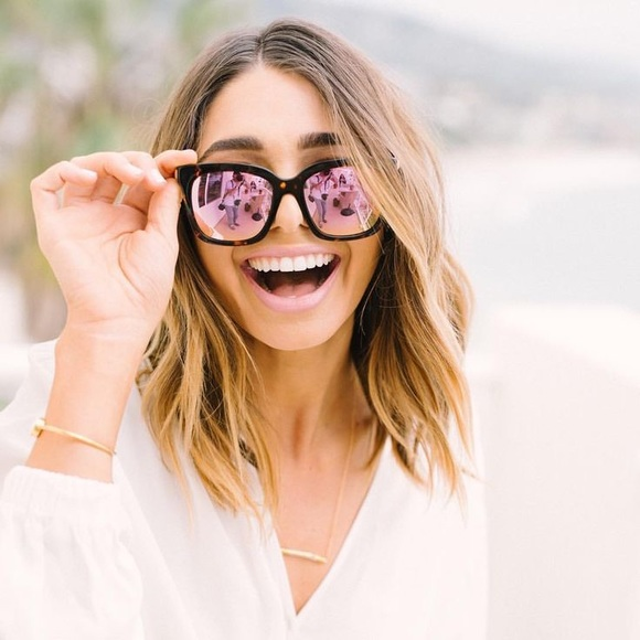 e0718b177fe03 Diff Eyewear Accessories - Diff Bella tortoise pink sunglasses