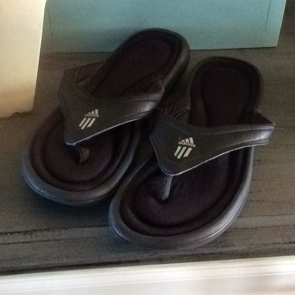 online store 9a4cf e0613 adidas Shoes - Adidas Flips