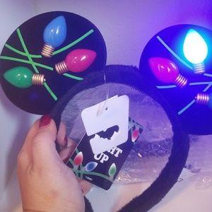 Christmas Lightup Disneyland Ears NWT