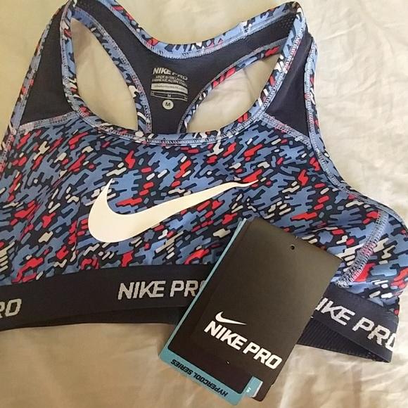 49e5584746 Girls Classic Nike Pro sports bra