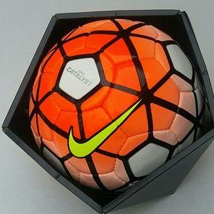 Nike catalyst fifa quality pro soccer ball