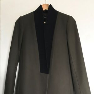 Theory wool coat. New with a tag!