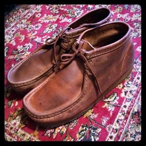 Clark's Original Wallabees size 10 brown leather