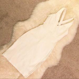 Dresses & Skirts - -NWT- Women's white vneck dress