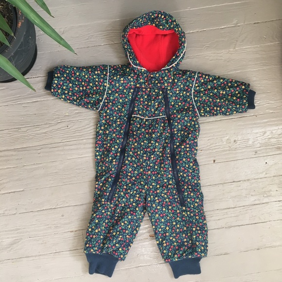 e460ca8c3 Hanna Andersson Other - HANNA ANDERSSON ditsy floral snowsuit sz 18 mo