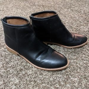 Urban Outfitters Black Zipper Booties