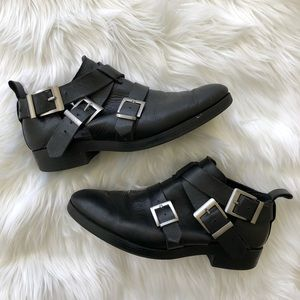 [Zara] Black Booties with buckles - Size 39